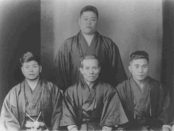 kanbun-uechi-ryuyu-tomoyose