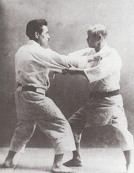 Jigoro-Kano-et-Kyuzo-Mifune