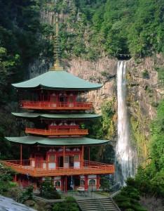 Kumano-temple-cascade