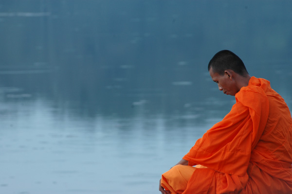 meditation-moine-vide